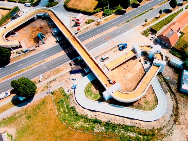 Video project Fietsers- en voetgangersbrug te Deerlijk